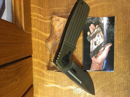 couteau CRKT HOMEFRONT
